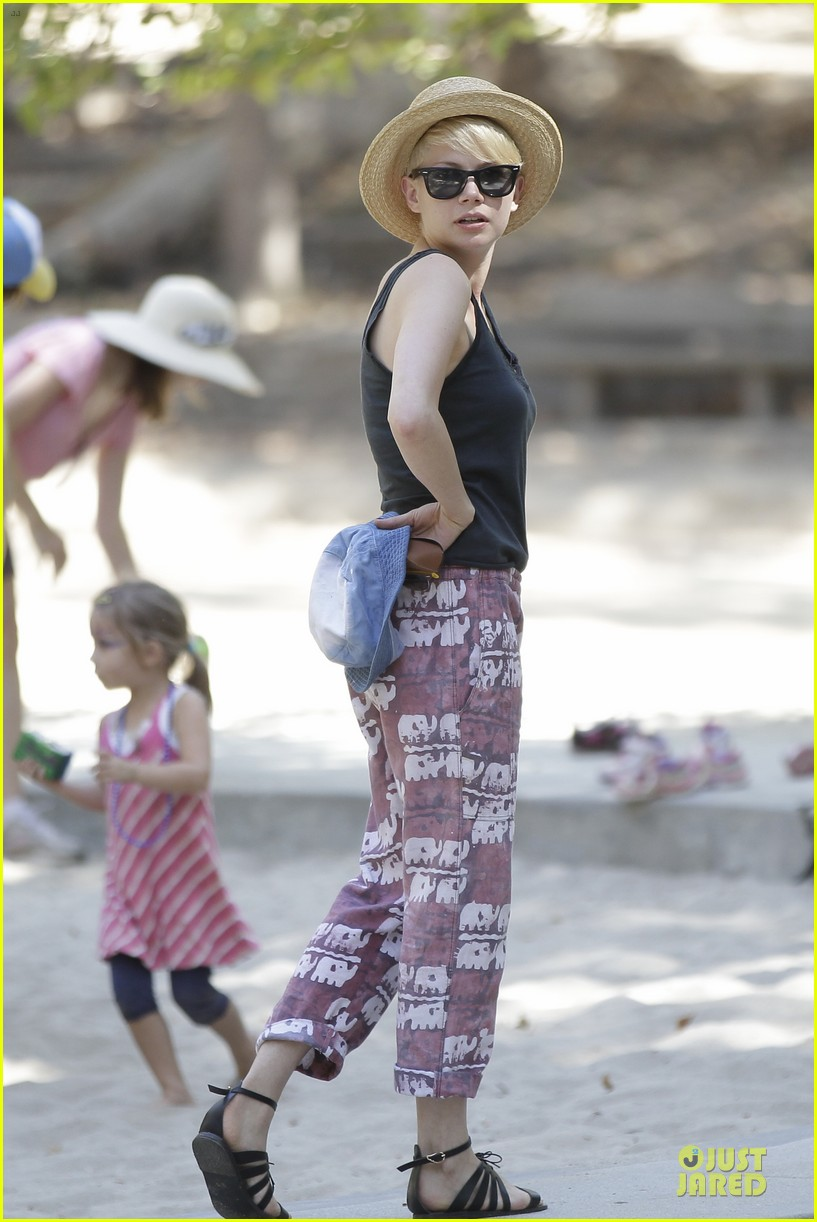 michelle williams birthday 10