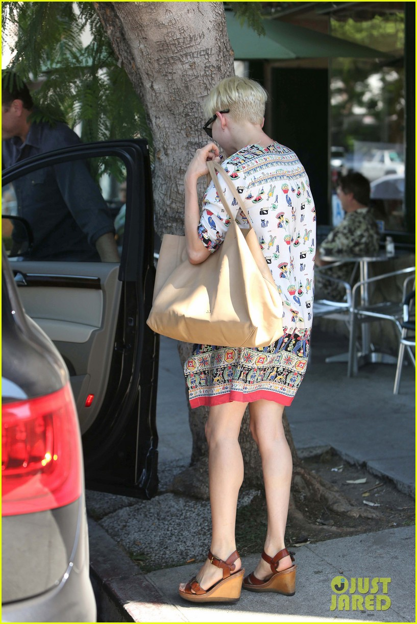 michelle williams jason segel lunch in los feliz 132705488