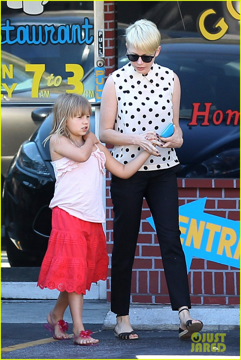 michelle williams jason segel ice cream with matilda 072709599