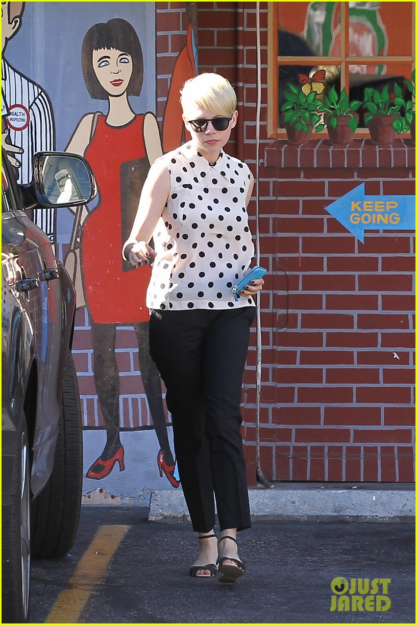 michelle williams jason segel ice cream with matilda 092709601