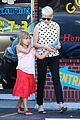 michelle williams jason segel ice cream with matilda 07