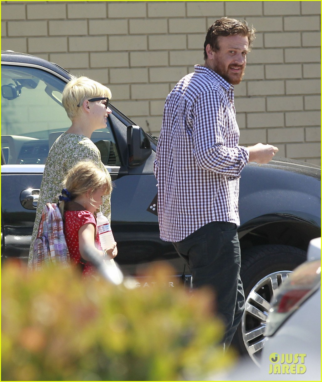 michelle williams jason segel matilda pick up 222697929