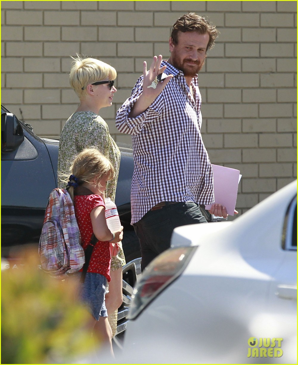 michelle williams jason segel matilda pick up 232697930