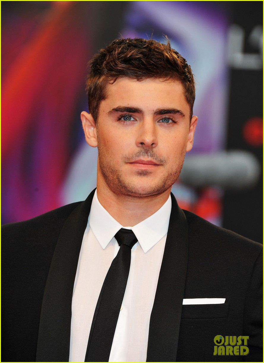zac efron at any price venice premiere 11