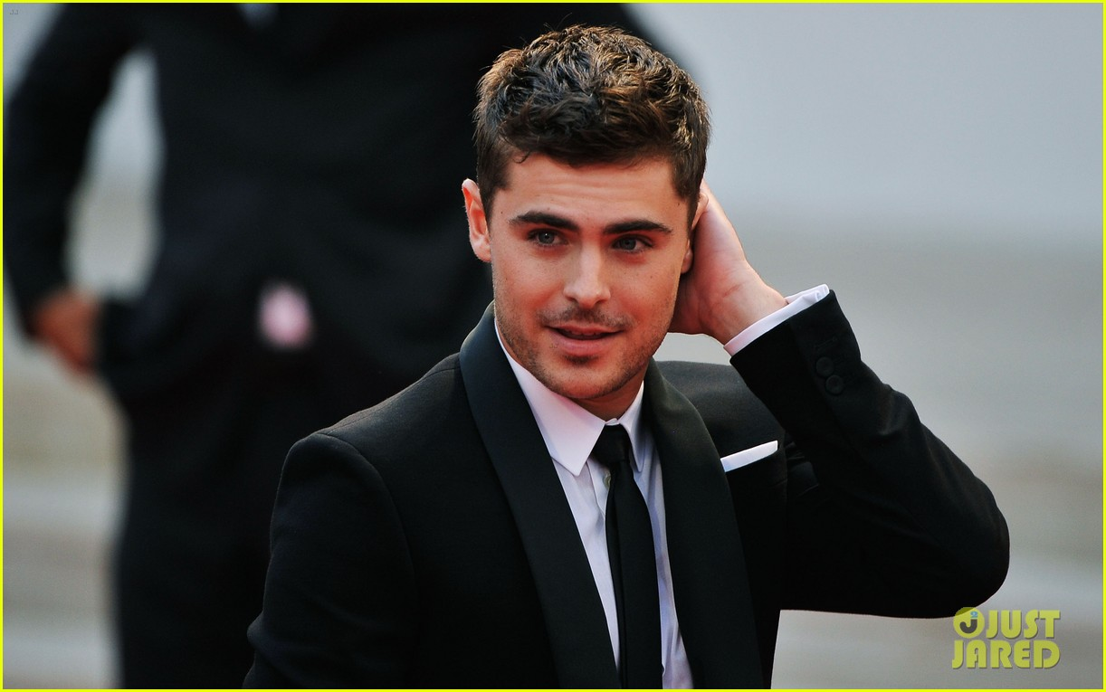 zac efron at any price venice premiere 142711919
