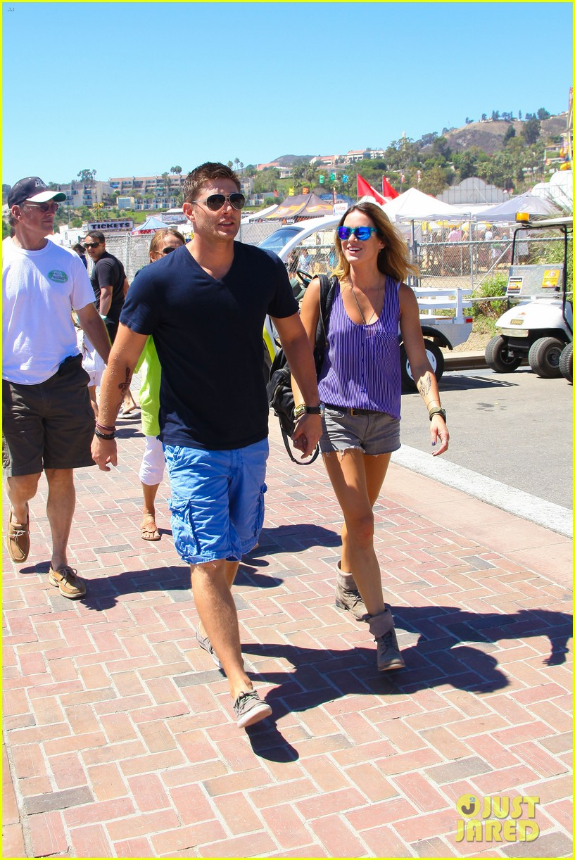 jensen ackles malibu chili cook off with danneel 142713254