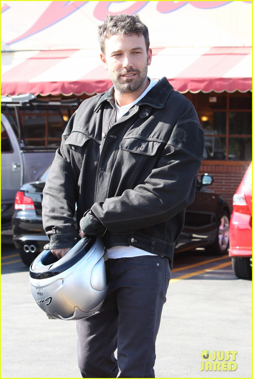 ben affleck culver city motorcycle man 052729889