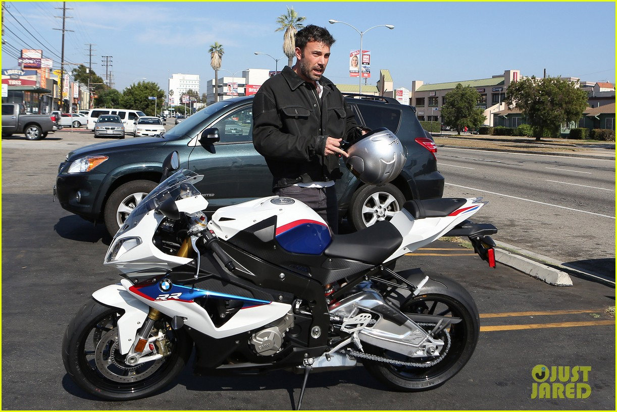 ben affleck culver city motorcycle man 10