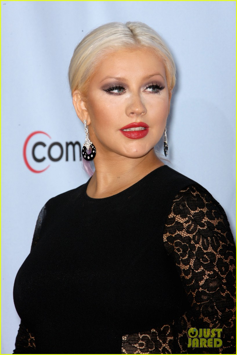 aguilera alma awards 06