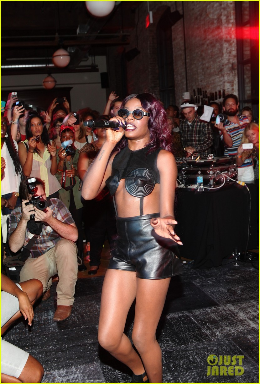 azealia banks spin refinery performance 012715520