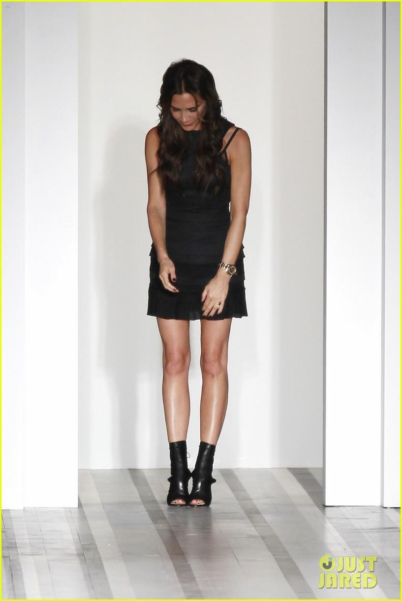 victoria beckham shows line fashion week 072717984