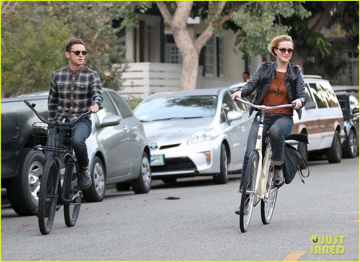 bell bike ride 082722329