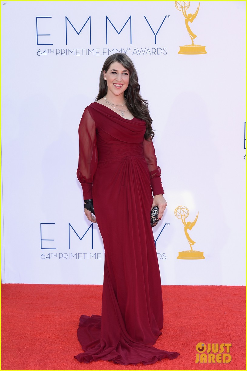 bialik emmy awards 07