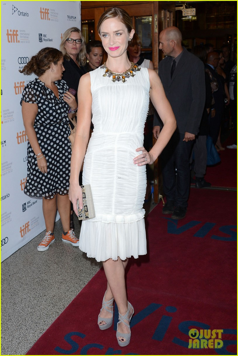 emily blunt arthur newman tiff premiere with colin firth 042718724
