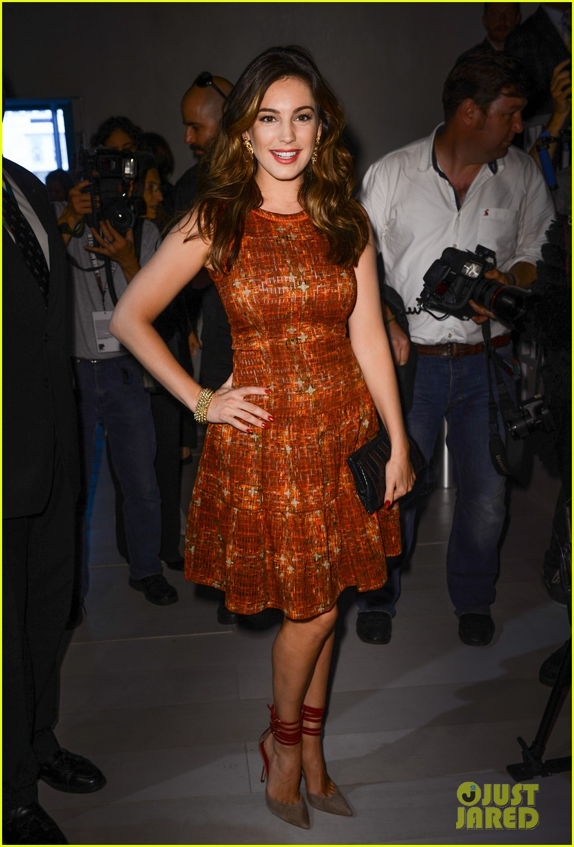 kelly brook london fashion week with thom evans 052722732
