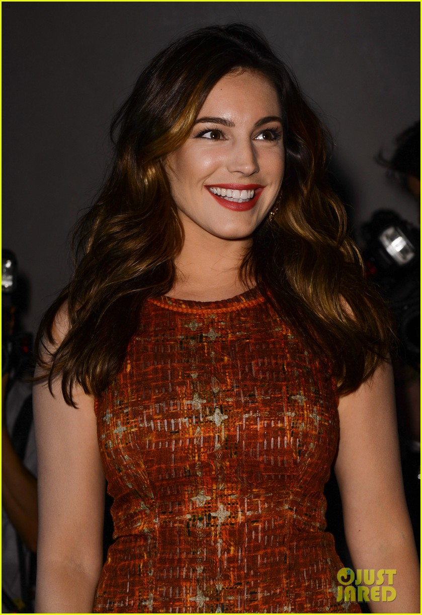 kelly brook london fashion week with thom evans 082722735