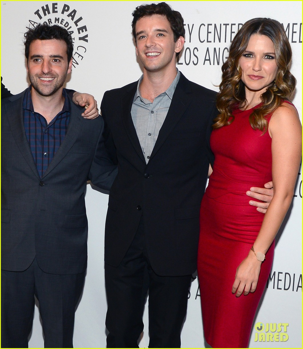 sophia bush paleyfest with partners cast 01