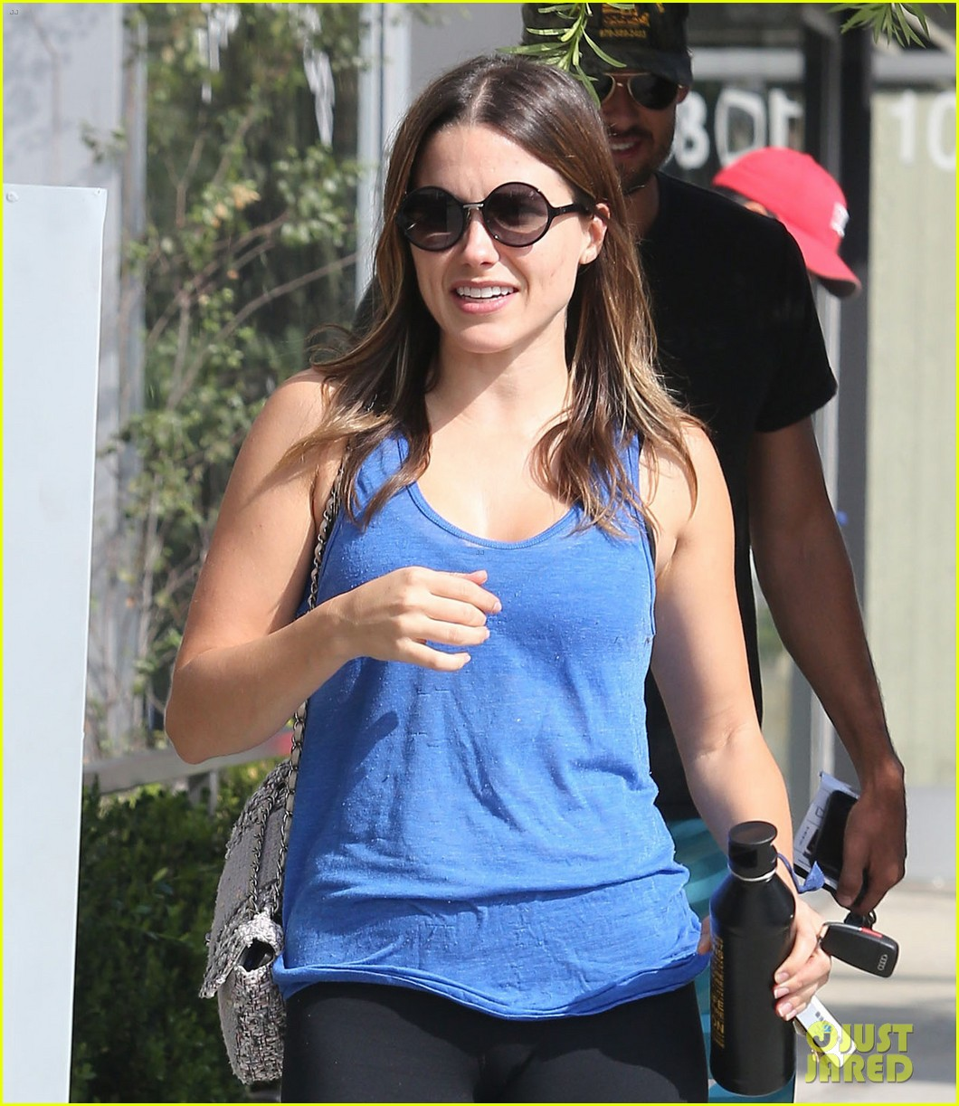 sophia bush partners ratings in 012728708