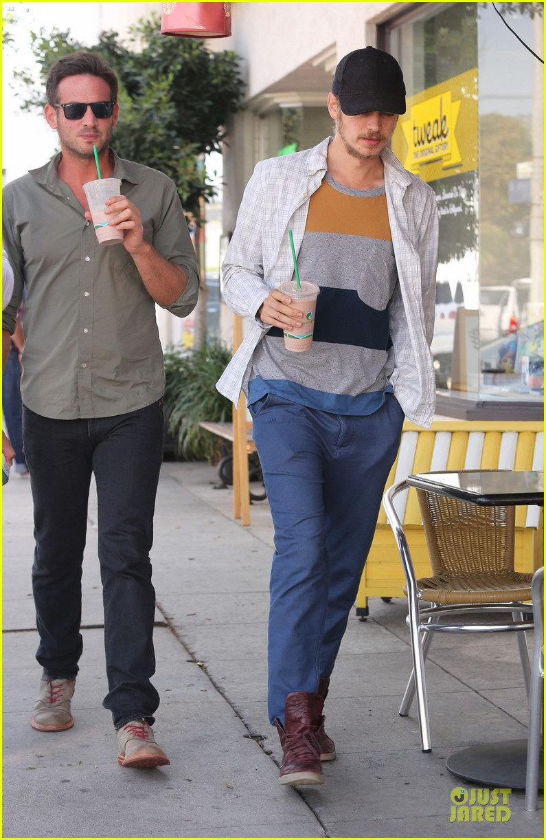 hayden christensen juice run west hollywood 052729389