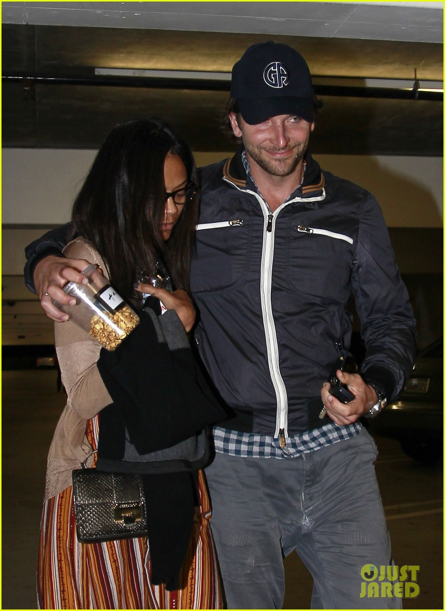 bradley cooper zoe saldana the master date 07
