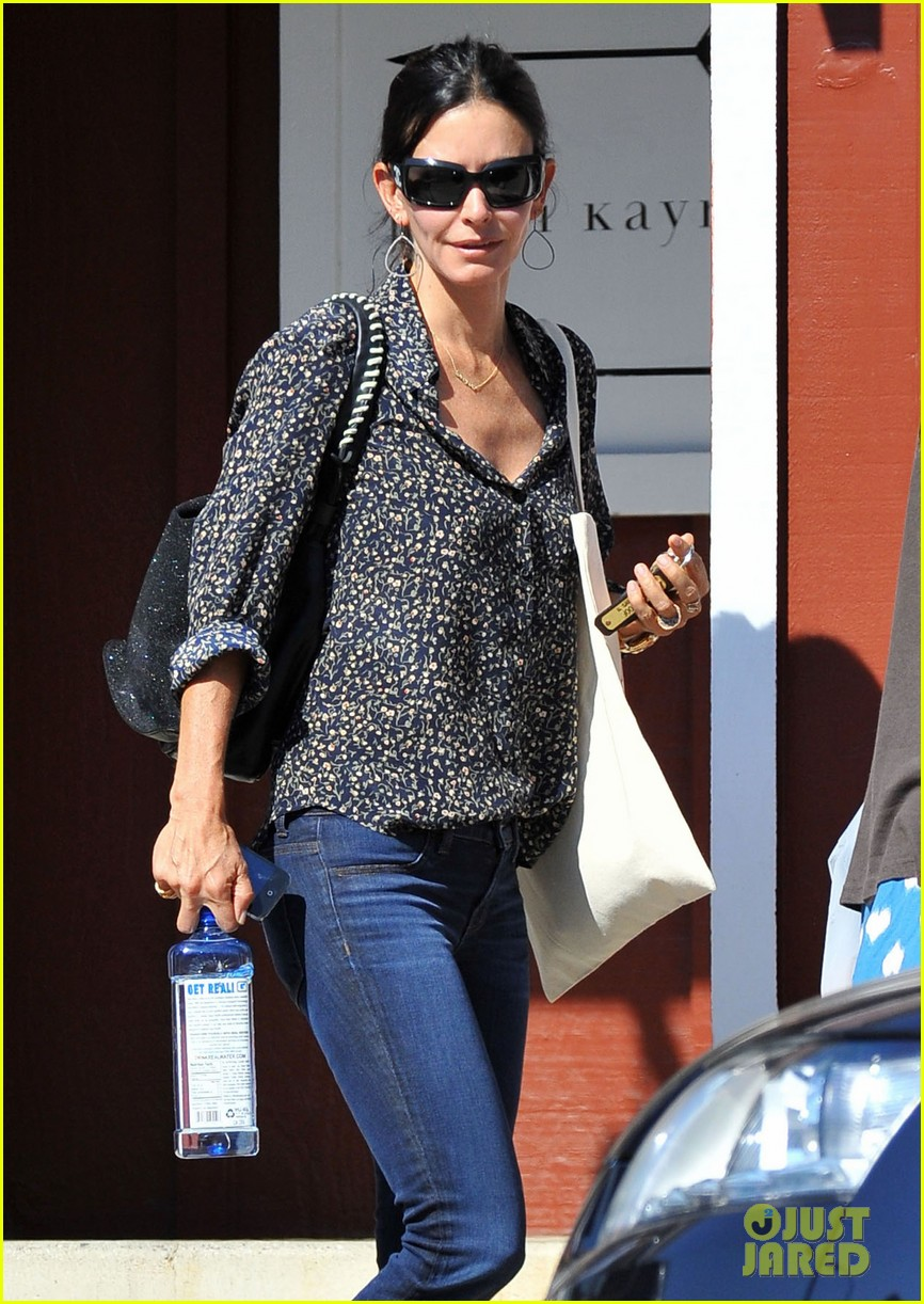 courteney cox kisses for coco 042714534