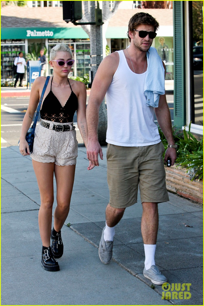 miley cyrus bonnie in bonnie and clyde miniseries lifetime 012730561