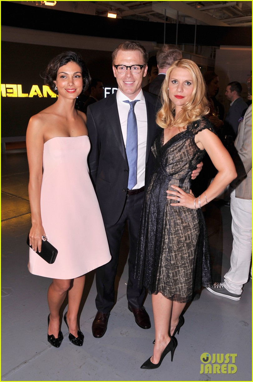 claire danes homeland premiere with damian lewis 18