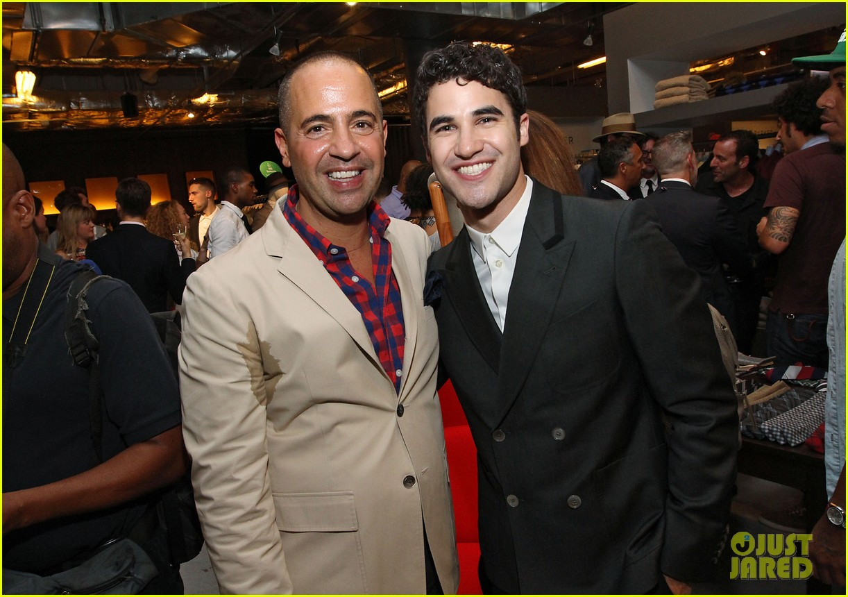 darren criss lance bass saks fashion night out 05