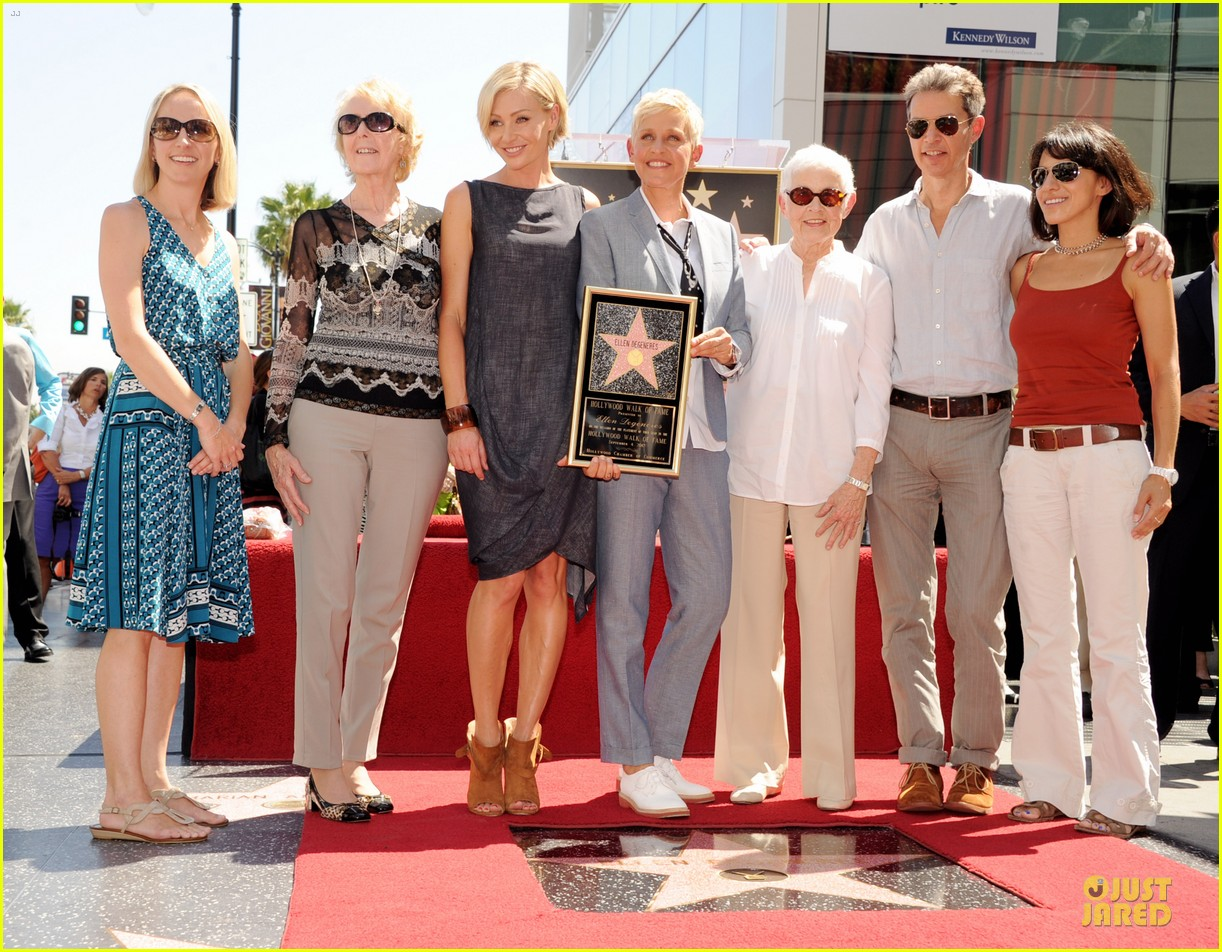ellen degeneres star hollywood walk of fame 052714174