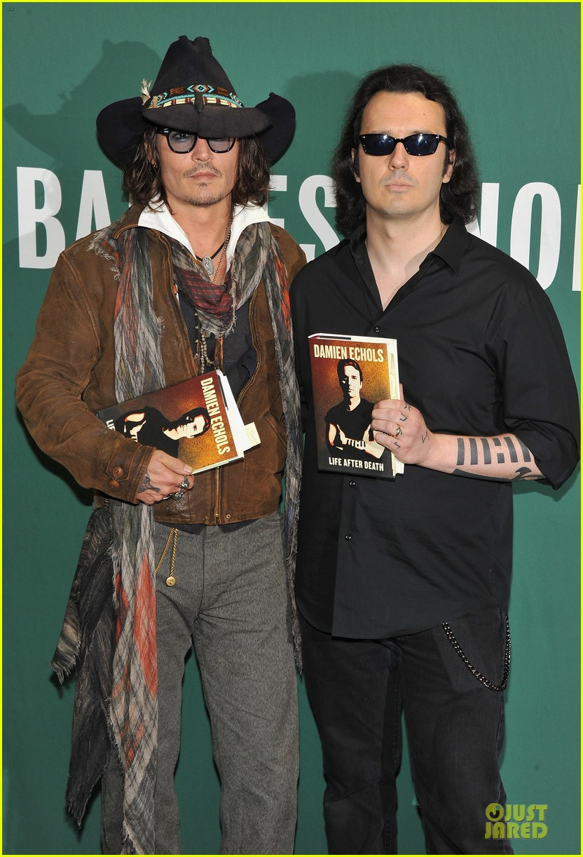 johnny depp damien echols book discussion 032725907