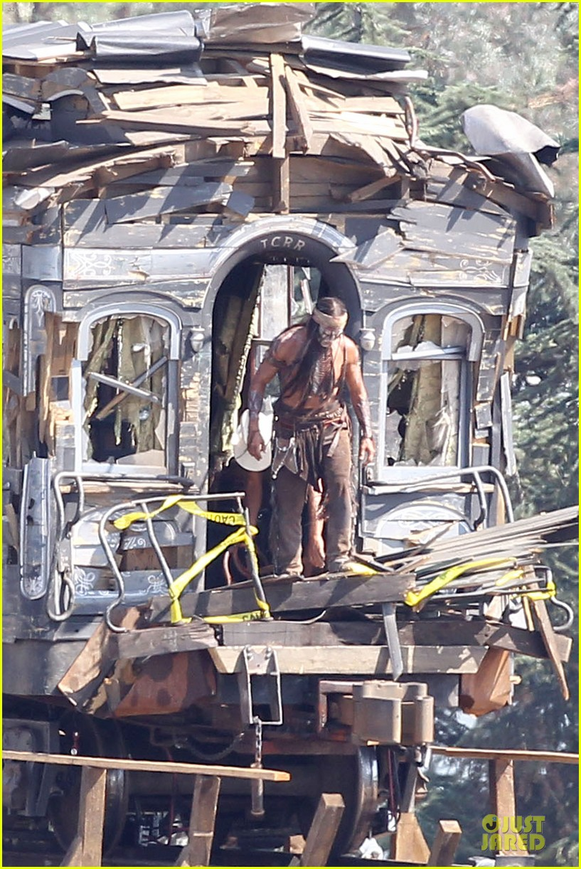 johnny depp armie hammer lone ranger set 012728904