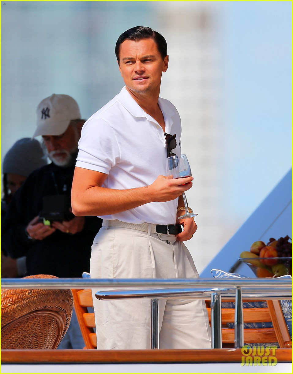 leonardo dicaprio wolf of wall street set with kyle chandler 012727810