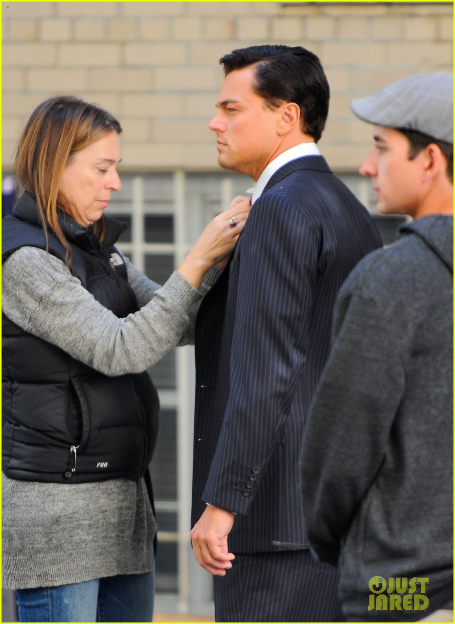leonardo dicaprio wolf of wall street set with margot robbie 102728298