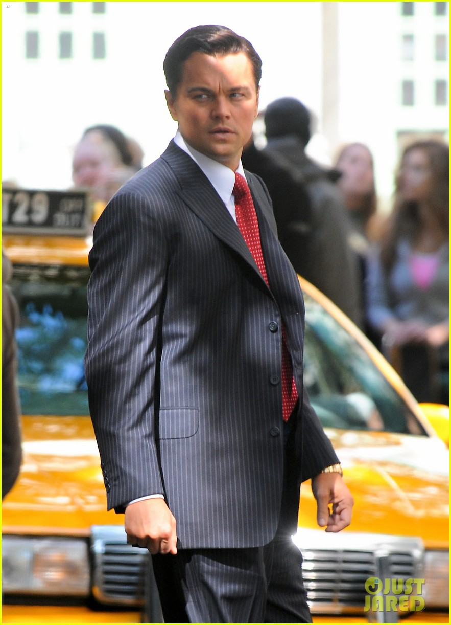 leonardo dicaprio wolf of wall street set with margot robbie 182728306