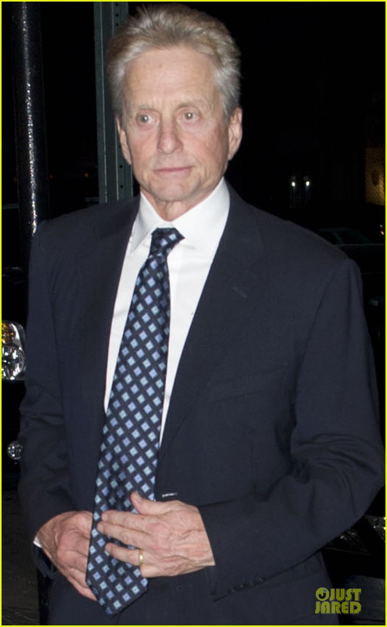 catherine zeta jones michael douglas birthday celebration 02