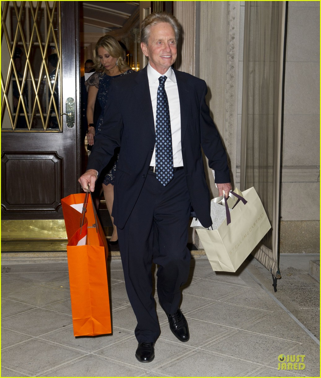 catherine zeta jones michael douglas birthday celebration 032728982