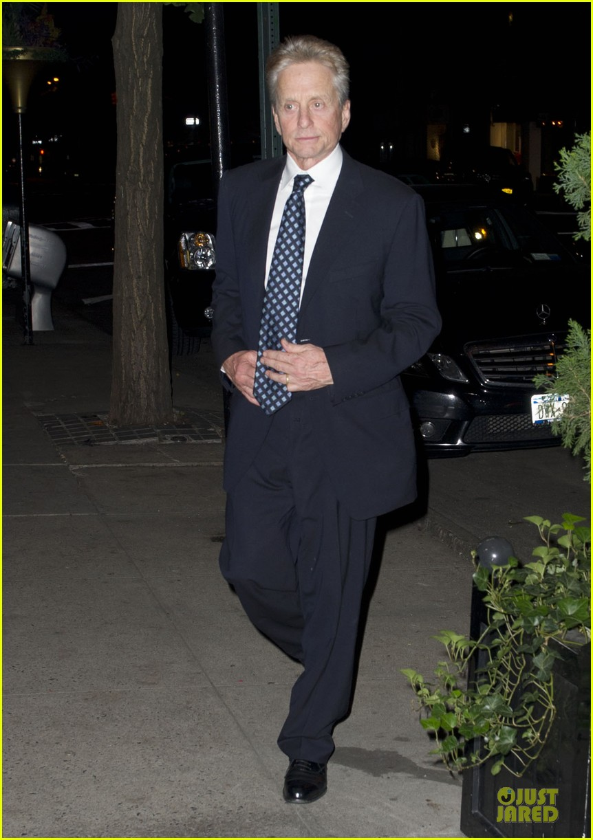 catherine zeta jones michael douglas birthday celebration 052728984