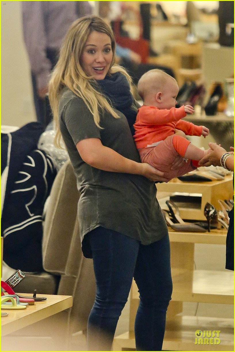 hilary duff ordering salad dressing on side depressing 082715312