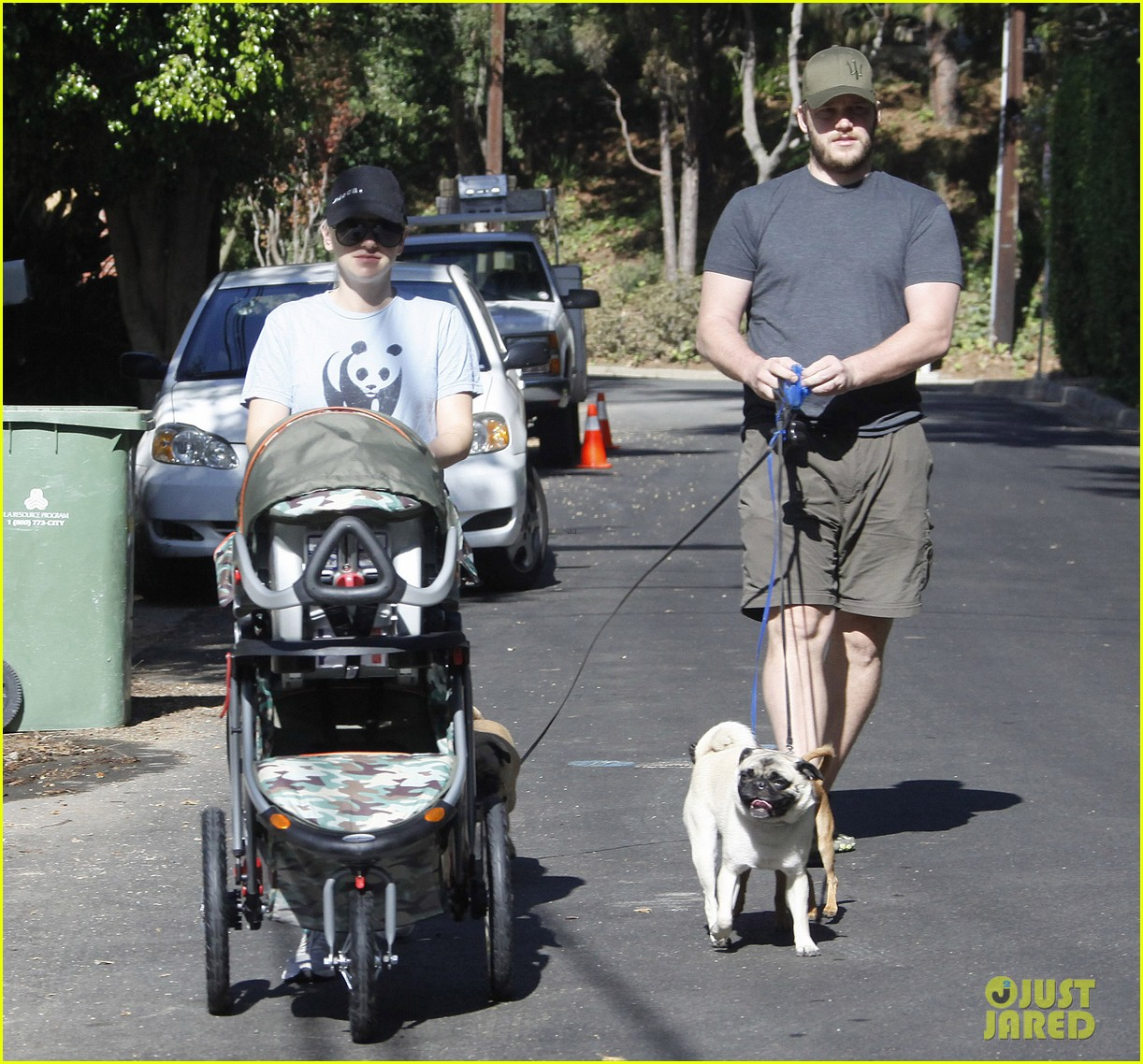 anna faris chris pratt strolling with baby jack 142730472