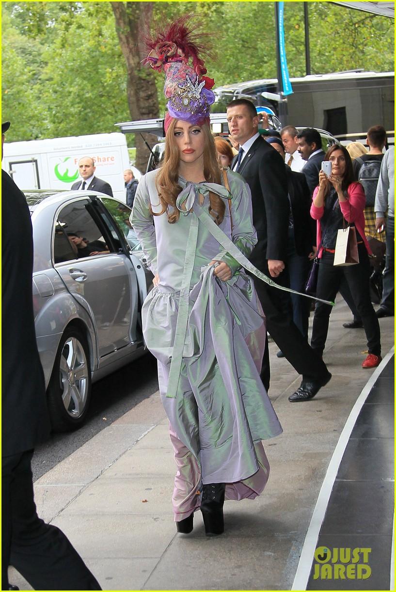lady gaga london outing 06