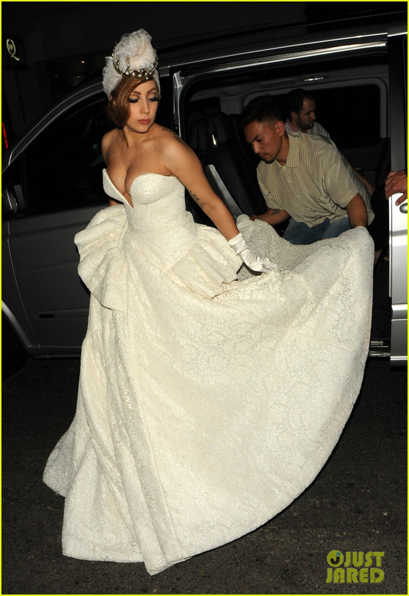 Lady Gaga Wedding Dress For Paralympic Games After Party Photo