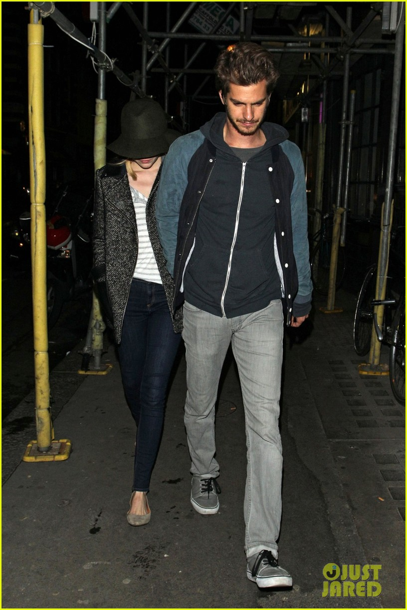 andrew garfield emma stone low profile in london 052729089