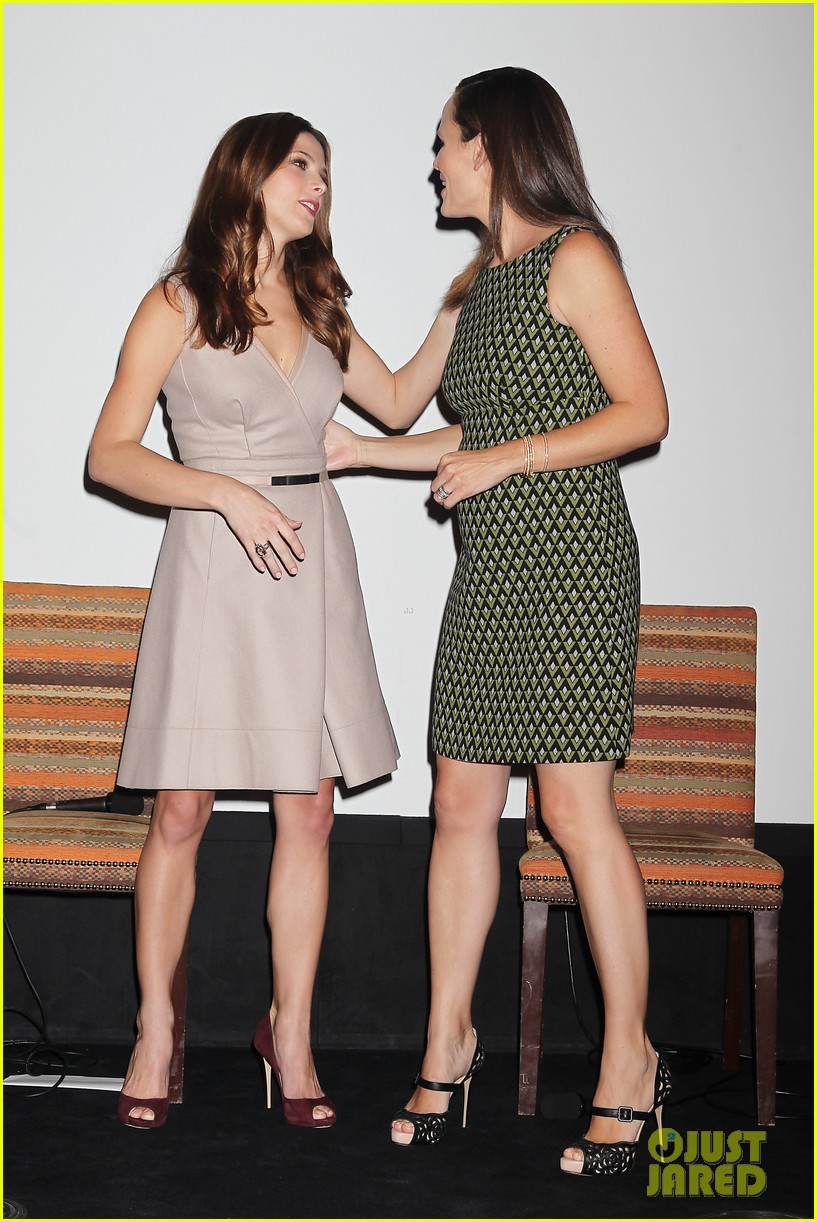 jennifer garner olivia wilde butter press conference 04