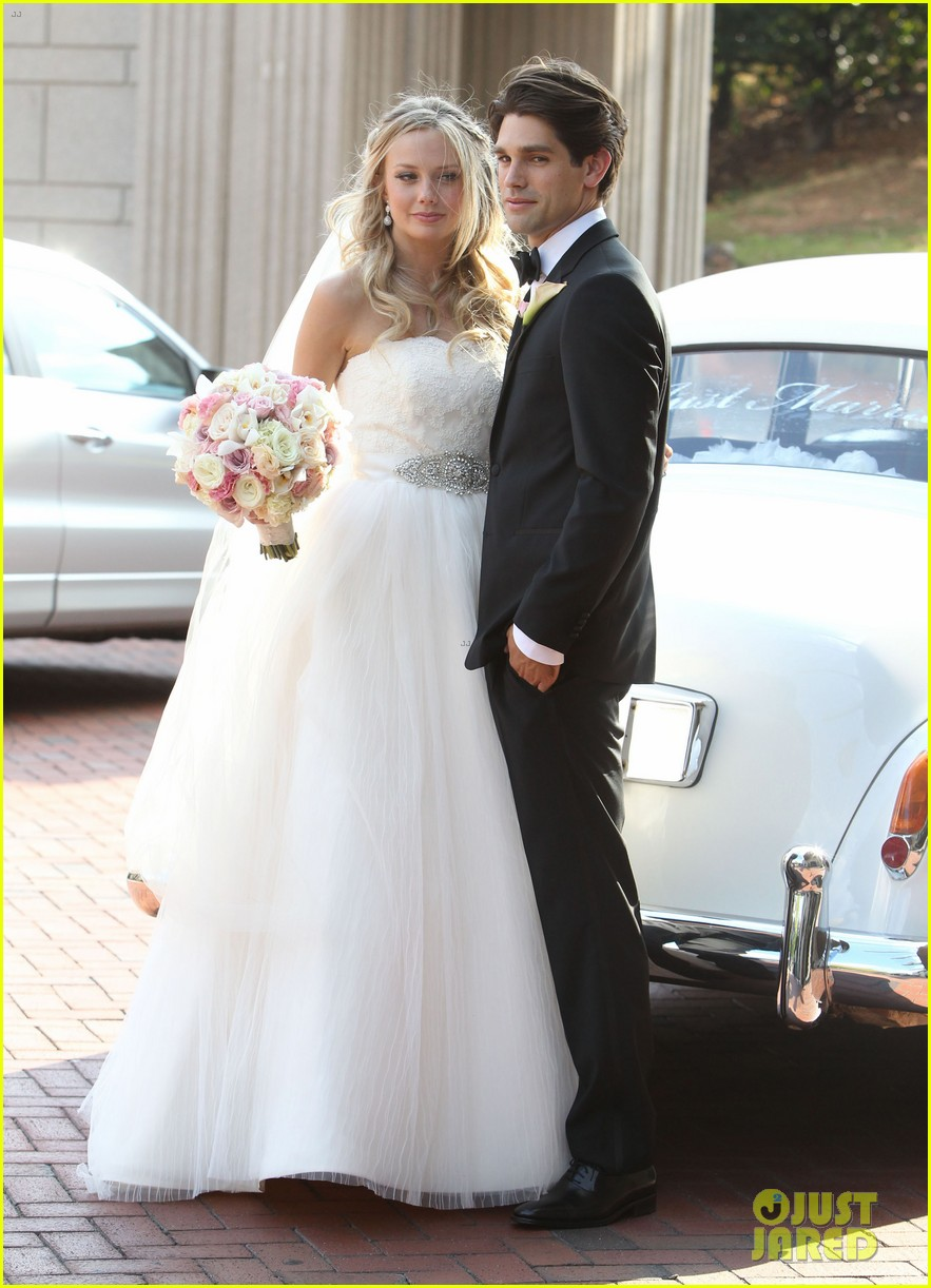 justin gaston weds melissa ordway first wedding pictures 01