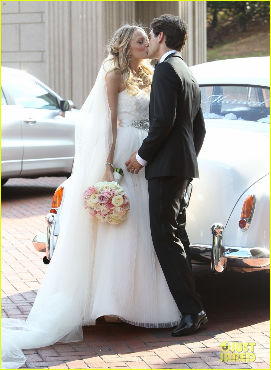 justin gaston weds melissa ordway first wedding pictures 122726571