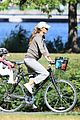 gisele bundchen bikes with benjamin 06
