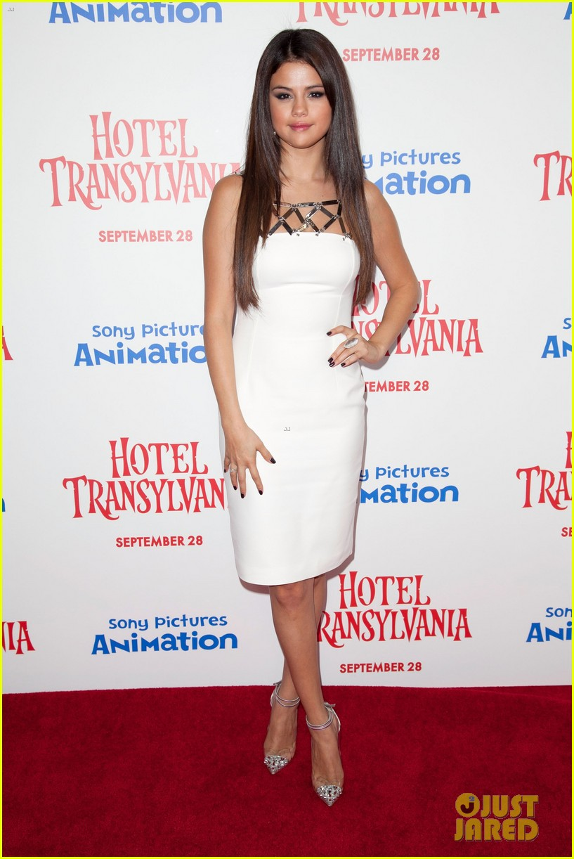selena gomez hotel transylvania premiere 122726340