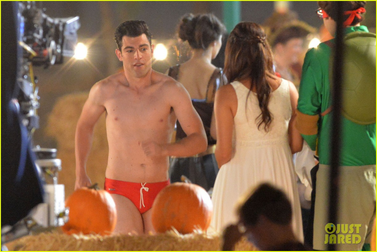 max greenfield shirtless speedo sexy on new girl set 17