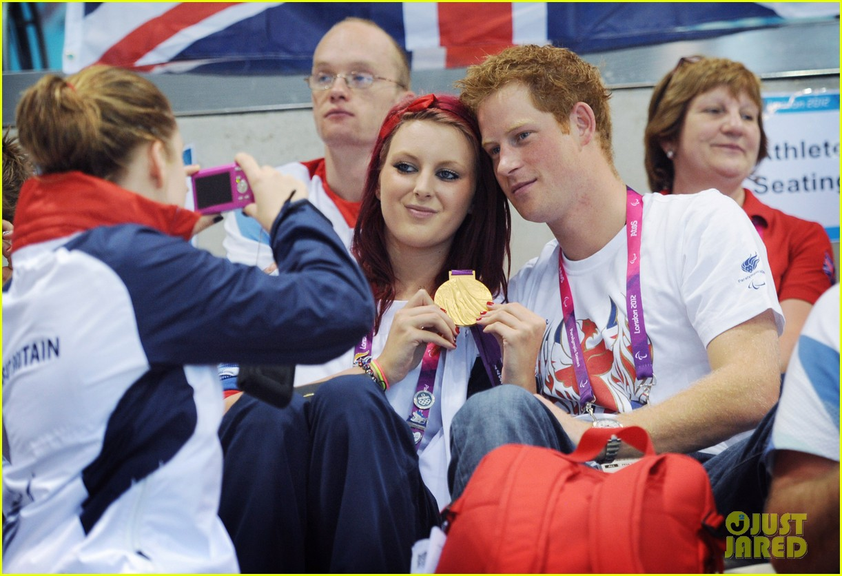 prince harry paralympics swimming spectator 032713781