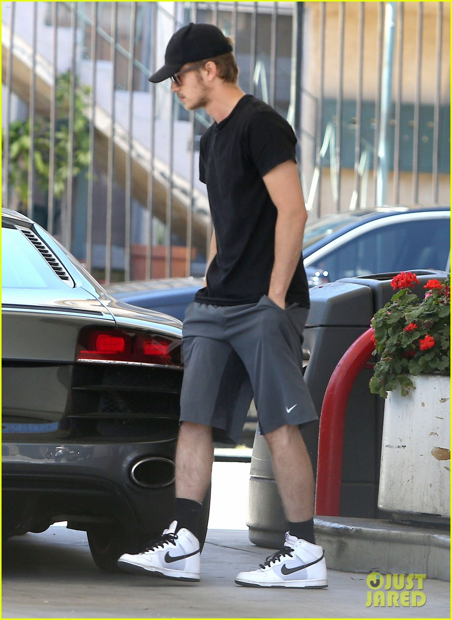 hayden christensen gas pump 18